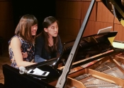028 Coco Ma and Catherine Ma warming up at Steinway Hall