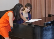 056 Esther Park and Yilun Xu during their master class