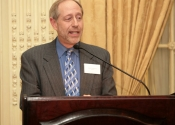 Mark Horowitz (S&H Foundation Board Member, 61-69) addressing Alumni audience