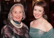 Joyce Cowin, Caroline Mousset